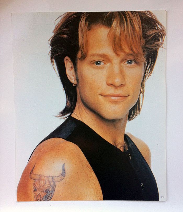 30cm x 24cm postcard-thickness photo of Jon Bon Jovi circa Keep the Faith era
