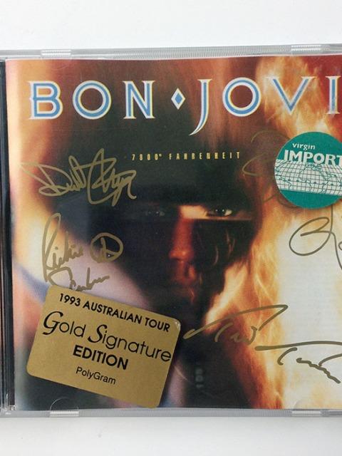7800° FAHRENHEIT - Australian Gold Signature Edition (824 509-2)